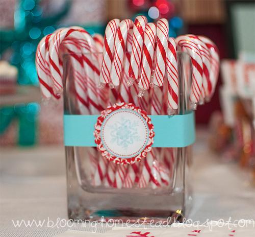 Candycanesinajar2